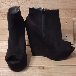 Forever 21 Black Wedge Ankle Booties